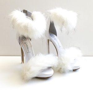 Jeffrey Campbell Cookie Faux Fur Heels Size 6.5
